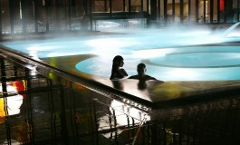 Tornano le serate con piscine e saune aperte fino a mezzanotte.Merano,
