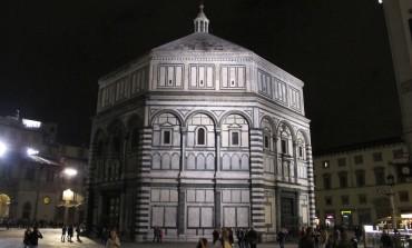 Scippo ad una turista americana in p.zza Duomo