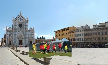 Piazza Santa Croce diventa un campo da calcio per minicalciatori per il 120° compleanno della Fgci