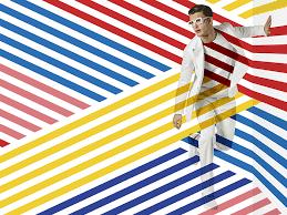Poliedrico personaggio tra righe, poi e colore: ecco l'uomo del 94^ Pitti Uomo