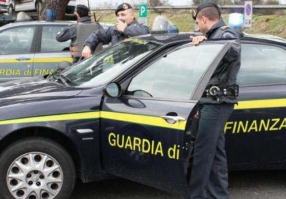 Custodia cautelare per un commercialista fiorentino con l'accusa di frode al fisco e ai creditori
