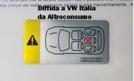 il sedile centrale di alcuni modelli Polo, Arona,Ibiza non è sicuro. Vietato usarlo