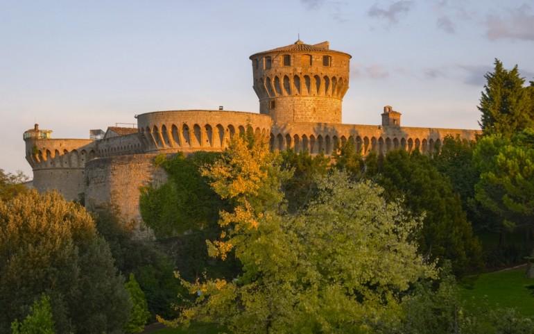 Volterra chiama Volterra: il 7 luglio una giornata speciale fra i tesori nascosti della città e la cena galeotta straordinaria