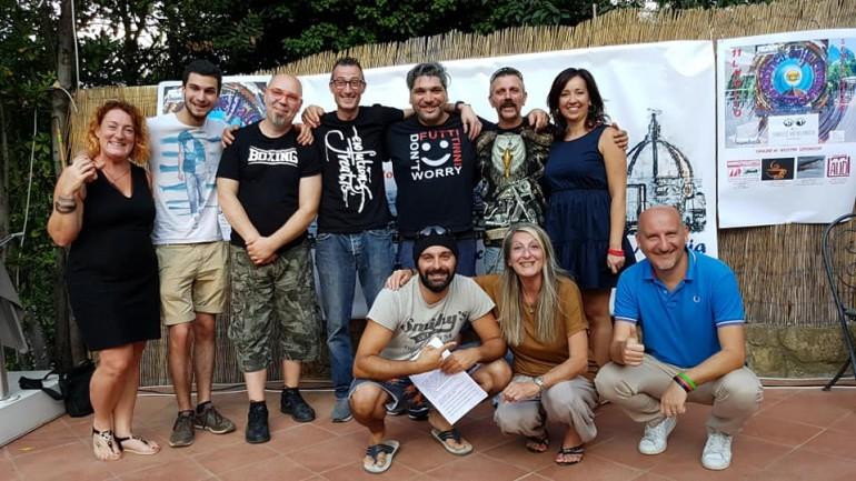 I finalisti de La Fabbrica della Comicità.com comici o Miseria
