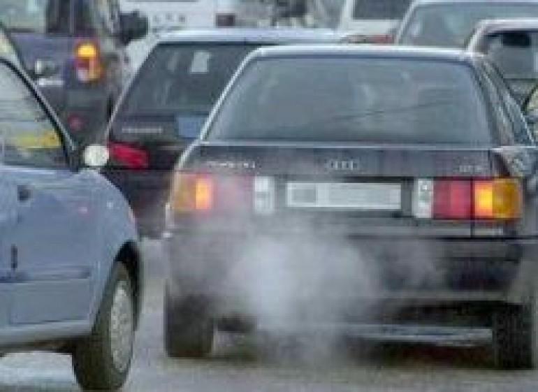 Prorogato il blocco dei mezzi più inquinanti fino a mercoledì 16 gennaio
