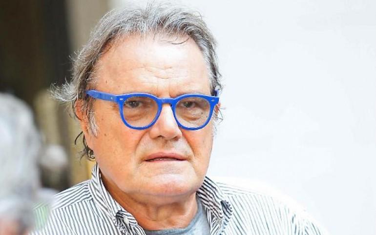 Esposto al consiglio disciplinare dell'ordine giornalisti contro  Toscani