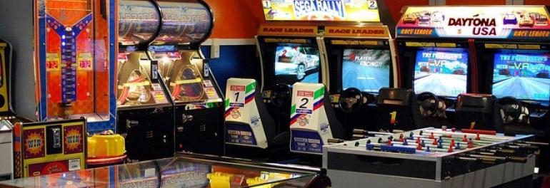 Polizia Municipale scopre un bar trasformato in sala giochi senza ...